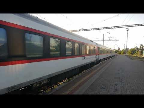 Kolejowa Słowacja; Skoda Z Pociągiem IC/EC Chopin/NightJet/Metropol ,