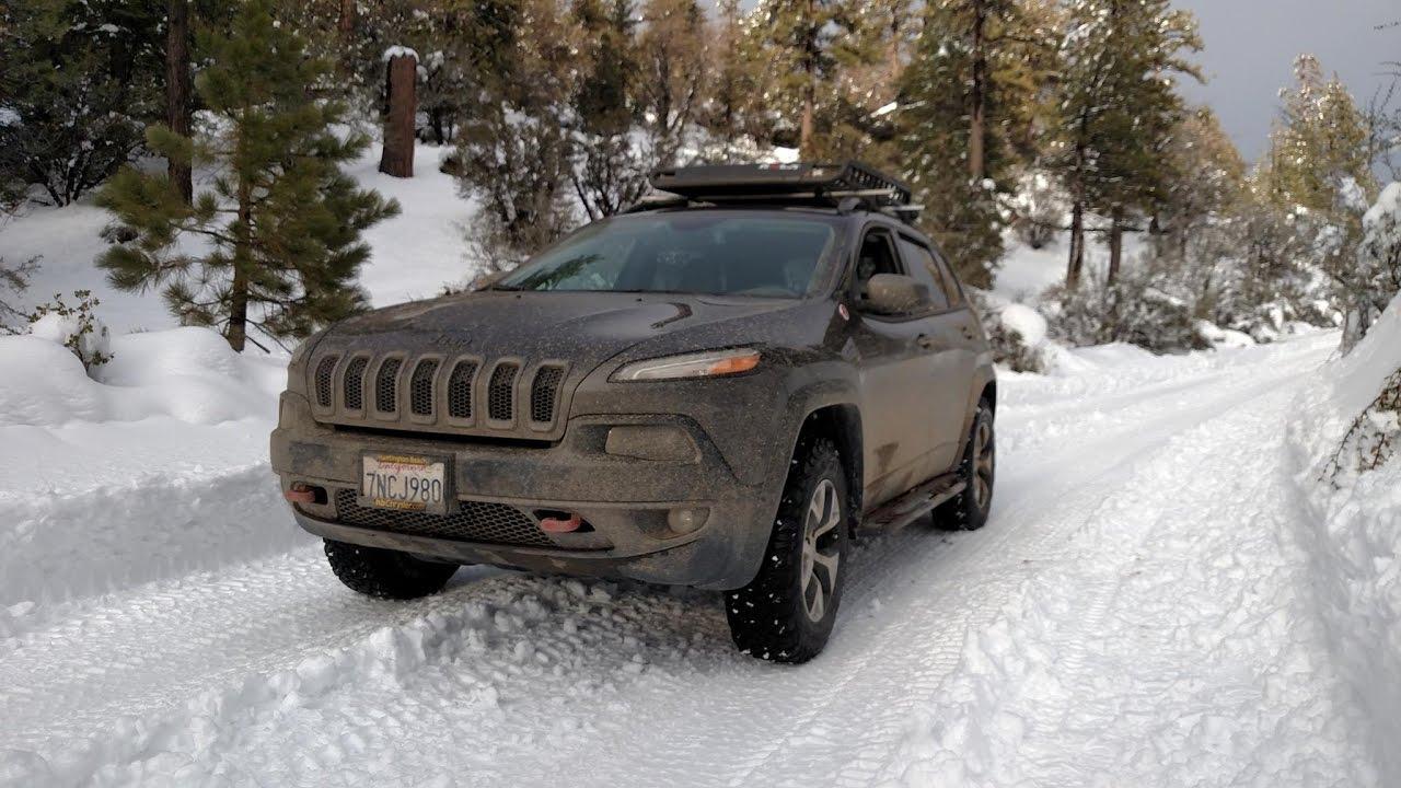 Grand Cherokee Trailhawk >> Lifted Jeep Cherokee Trailhawk Snow Run: Rattlesnake ...