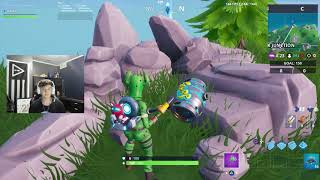 Fortnite: Fortbyte #32 GLITCH - Accessible by wearing Kyo Back Bling at northern most point