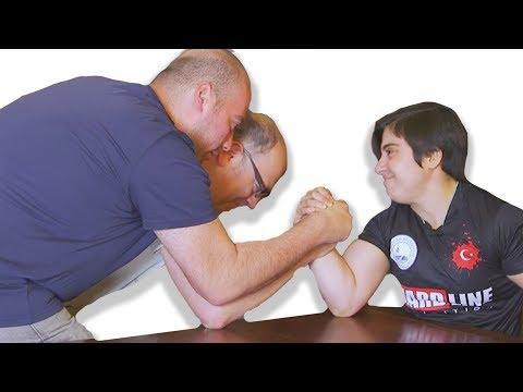 Dünya Bilek Güreşi Şampiyonu Ile Kapıştık