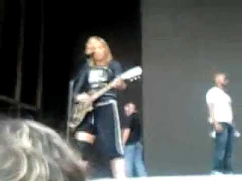 Madonna in Warsaw Turn Up The Radio Soundcheck.mp4