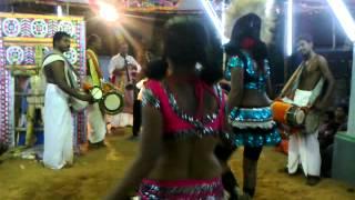 Repeat youtube video Sri Sekkadi Madaswami Kovil Kodai 4-04-2013 -ஓடைமறிச்சான் - Part III (Karaga Attam)