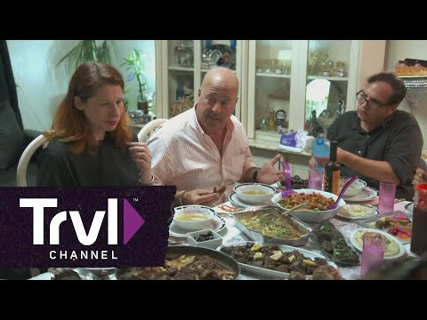 Bizarre Foods: Andrew Zimmern Joins The Breaking Of The Ramadan Fast