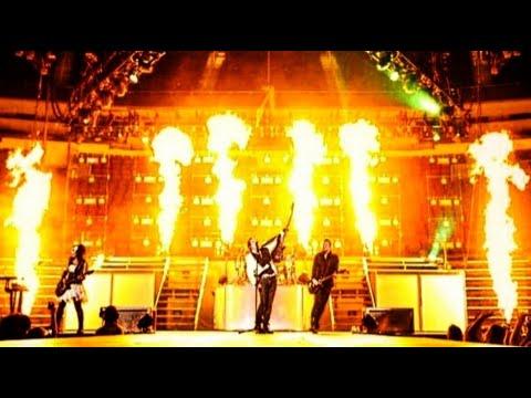 "Skillet ""Awake And Live (Full Concert)"" HD"