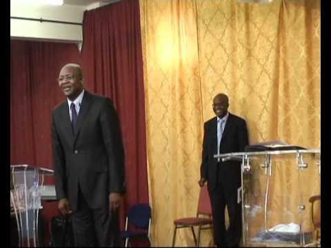 Download Dr. Job Mukadi & Eglise En Mission - Meilleurs Souvenirs de 2009-2010 (4)