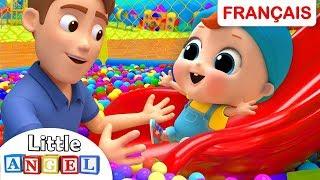 Bébé Louis au Parc de Jeux pour Enfants | Comptines et Chansons pour les Petit
