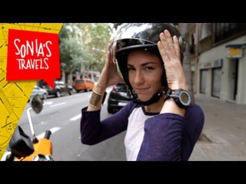 Travel Barcelona: Vespa Babes