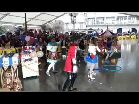 Lugo celebra su Carnaval bajo cubierto