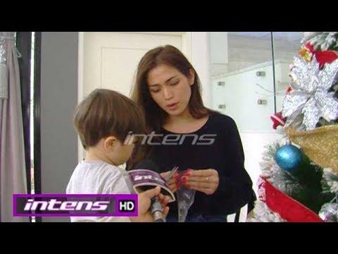 Keseruan Jessica Iskandar dan Baby El Saat Hias Pohon Natal - Intens 08 Desember 2017