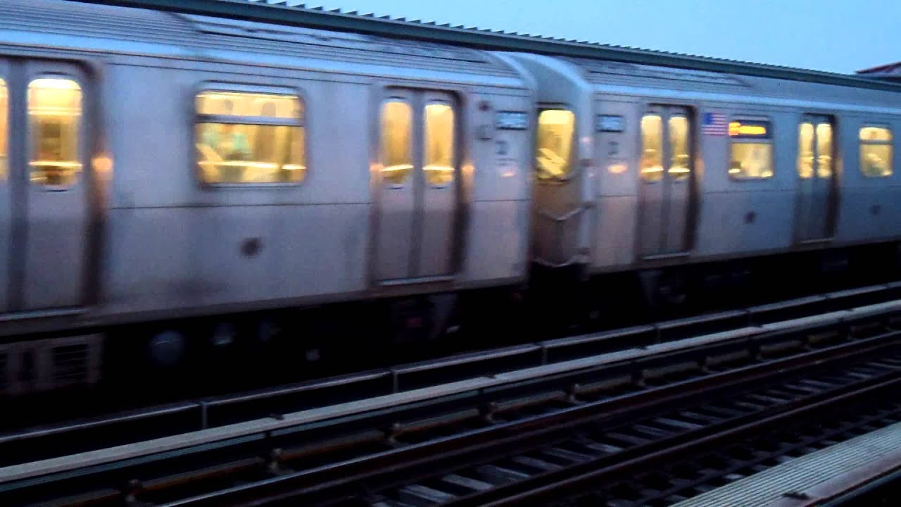 IND Culver Line: Coney Island-bound R160A F Train@Avenue X ...