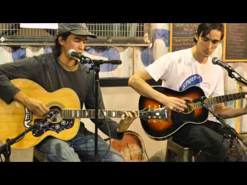 Alex G - Mis [acoustic in 4K] (live @ Rough Trade NYC 10/9/15)
