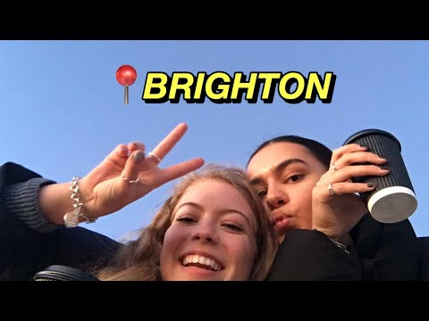 BRIGHTON VLOG | visiting University of Sussex, thrifting, beach picnics