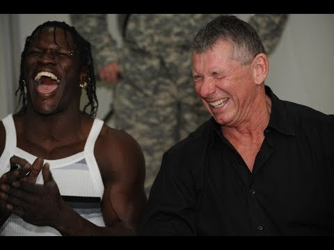 Top 10 WWE Wrestlers That Are Best Friends With Vince McMahon In Real Life!