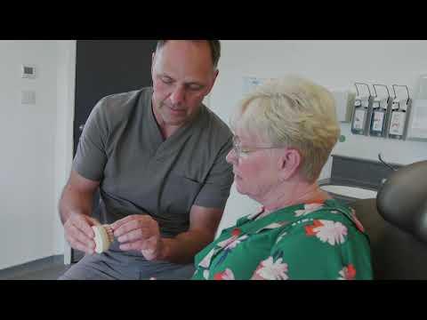 dee's-full-testimonial- -revitalise-dental-centre