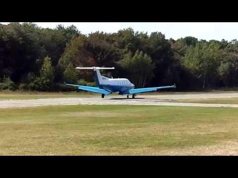 Pilatus PC-12 Turbo Prop Landing At Plum Island 2B2