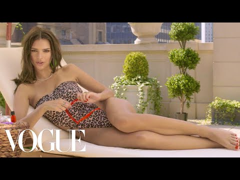 Emily Ratajkowski Has Something to Tell You  Now You Know  Vogue