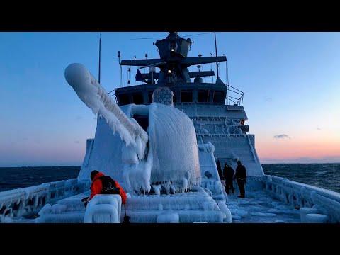 Провал НАТО! Корабли Альянса Замерзли В Баренцевом Море!