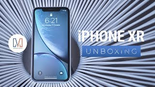 iPhone XR Unboxing and Hands-On