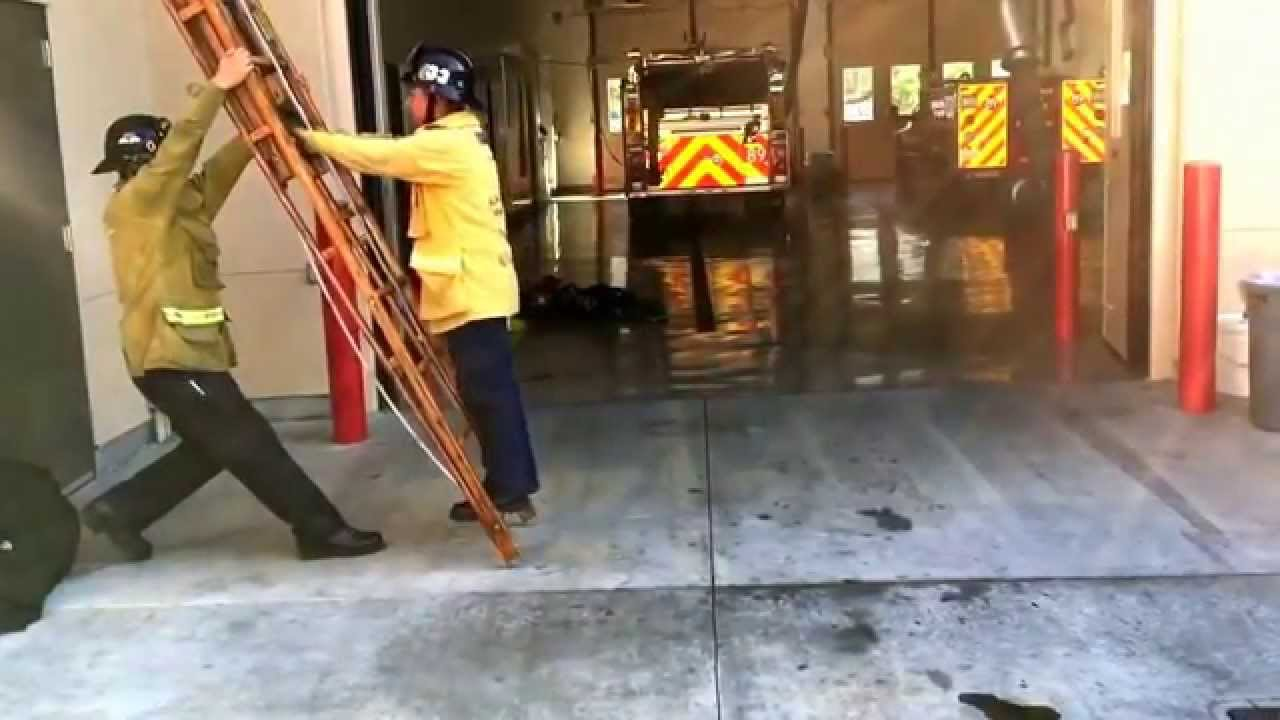 Lacofd Fire Explorers 24 Extension Ladder Youtube