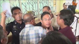 Kecoh di mahkamah Aktivis ditangkap selepas dibebaskan