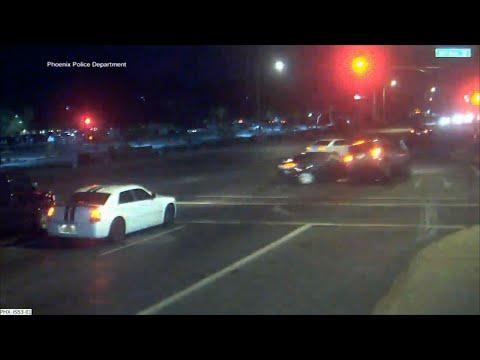 Frosty - Close Call: Car screams through red light