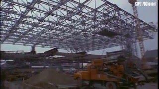 建設途中の大阪万博会場