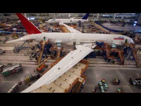 Boeing beats earnings estimates, raises guidance (BA)