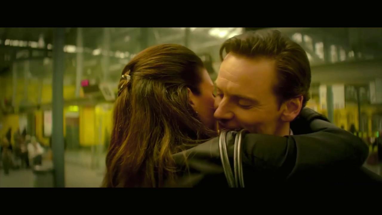 Download Gina Carano Haywire Kiss Scenes