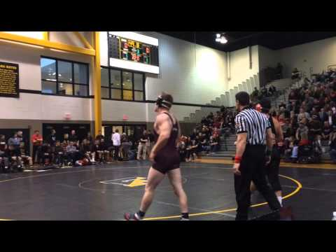 Saucon Valley's Devin Fontanez wins with late takedown