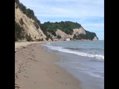 Чёрное море) Пицунда, Рыбзавод)песчаный пляж
