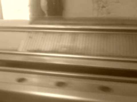 moteur machine tricoter singer youtube. Black Bedroom Furniture Sets. Home Design Ideas