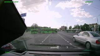Учебная машина от Автоправо с горе-инструктором