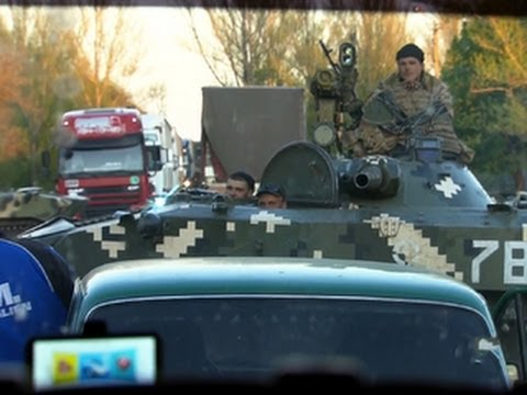 Ukrainian troops struggle to take back control from pro-Russia separatists