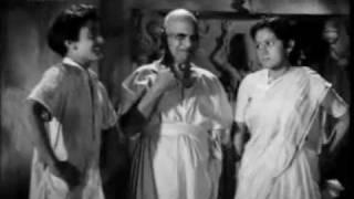 Toofan Aur Deeya (1956) - Meri Chhoti Si Behan Dekho Gehne Pehan - Geeta Roy & Lata Mangeshkar.mp4