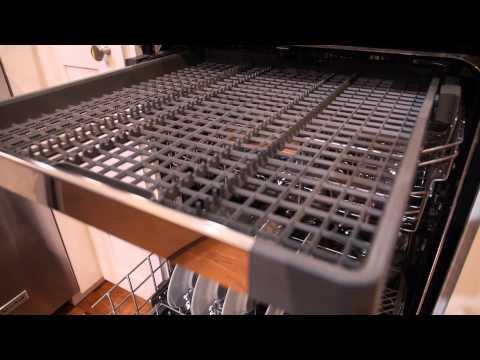 kitchenaid's-latest-dishwasher-has-a-window