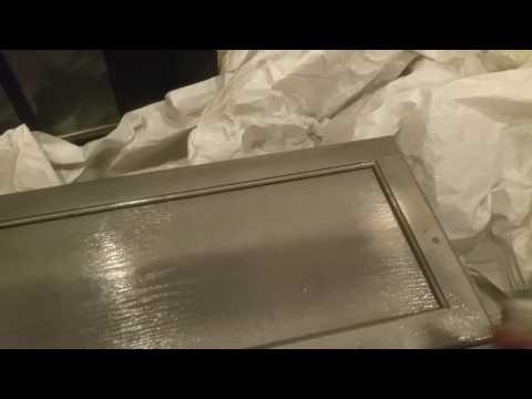 Rust-Oleum Hammered paint project. Kitchen cabinet doors makeover