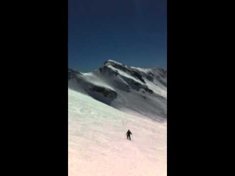 Richy esquiando bajadita a Blandin