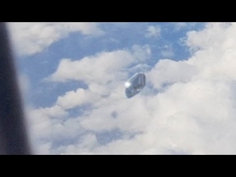 UFO Video From Airplane Window Spain !