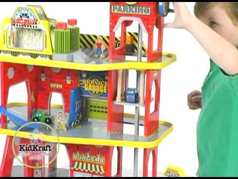 circuit de voiture garage en bois pour enfant kidkraft youtube. Black Bedroom Furniture Sets. Home Design Ideas
