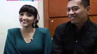 Video Baju Ketat Ashanty Dinilai Parah download MP3, 3GP, MP4, WEBM, AVI, FLV Maret 2017