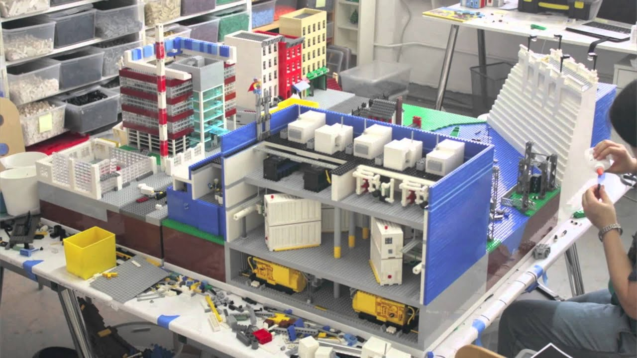 28,000 piece LEGO city built in 90 seconds - YouTube