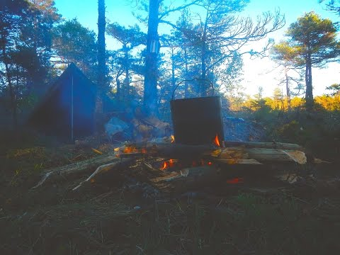 Bushcraft Sweden - Solo 3 Days Summer Camp / Svarte Dalen
