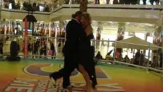Ertuğrul Yılmaz & Reyhan Yılmaz - Cevahir AVM Tango Gösterisi