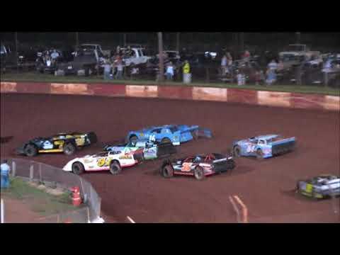 Dixie Speedway 9/5/15 Econo Bomber Feature!