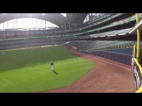 Playing Catch with Oliver Drake of the Milwaukee Brewers