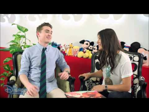 Harrison Craig - interview on Disney Channel Official (26 Nov 2014)