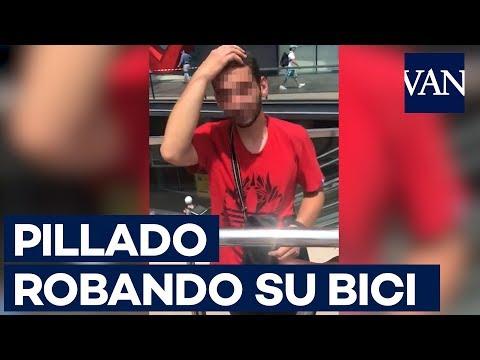 Un individuo es sorprendido por la dueña de la bicicleta que intentaba robar en Barcelona