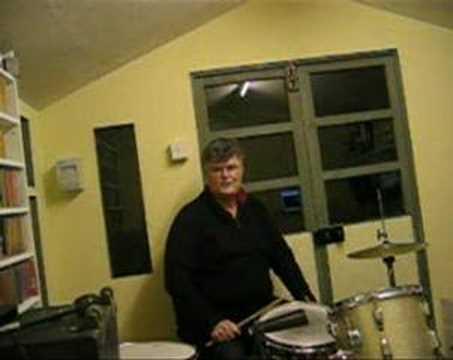 Traditional Jazz Drumming Basics - Some Gene Krupa Fills