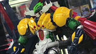 I was at Yodobashi Camera in Akiba the other day and this figure of Kotetsu Jeeg was on display it was pretty awesome! For more info you can check out this site ...
