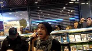All Time Low - Weightless (Acoustic) Live in Brussels, 08.02.2010